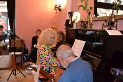 Literarno-glasbeni večer v Piafu (2)